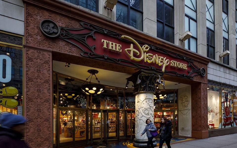 ديزني تغلق متاجرها المفردة في شيكاغو، والسبب؟